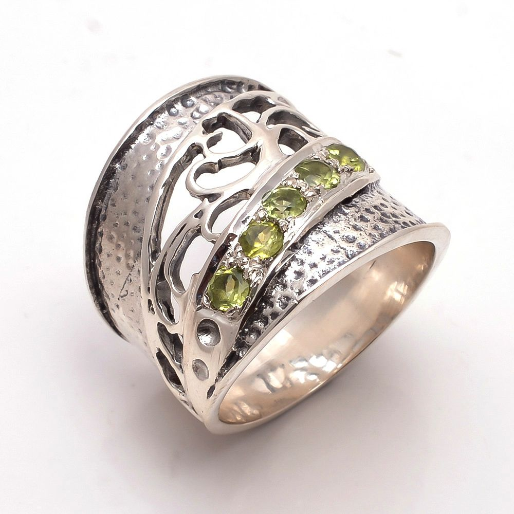Peridot Gemstone 925 Sterling Silver Ring Size 7