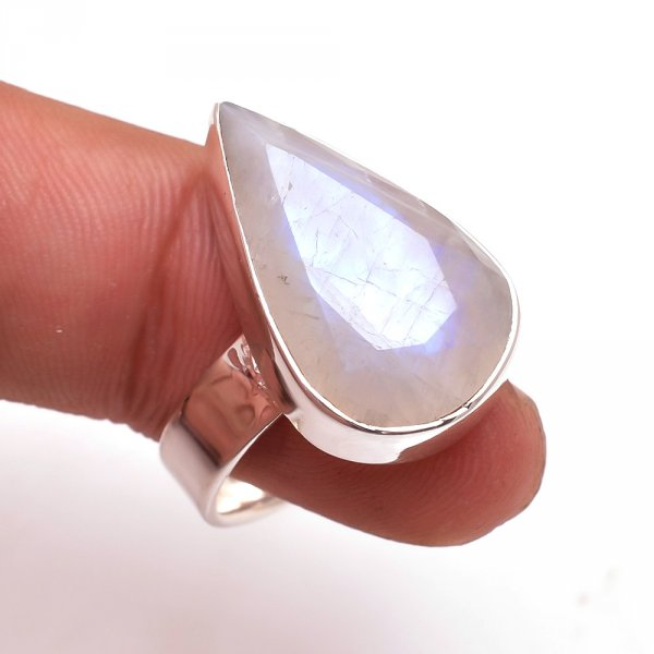 Rainbow Moonstone 925 Sterling Silver Ring Size 7.5