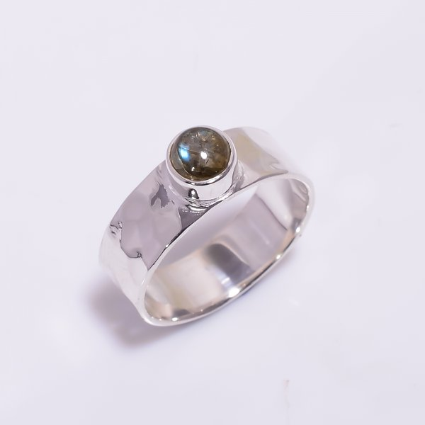 Labradorite Gemstone 925 Sterling Silver Hammered Ring Size US 5.5