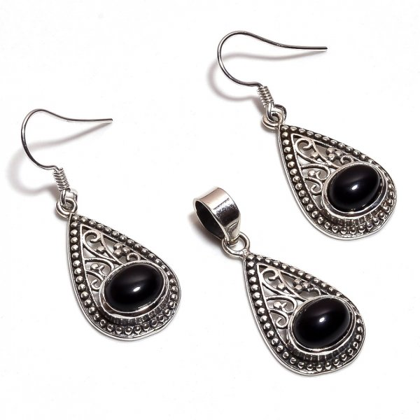 Black Onyx Gemstone 925 Sterling Silver Pendant Earrings Set