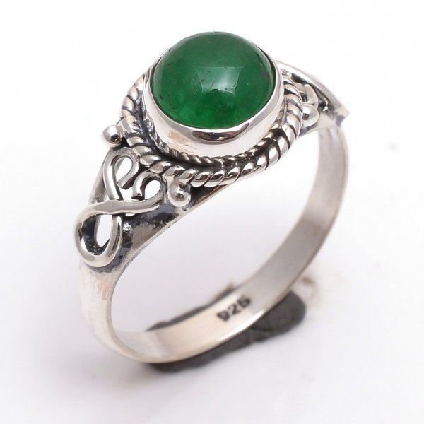 Green Jade Gemstone 925 Sterling Silver Ring Size 6.5