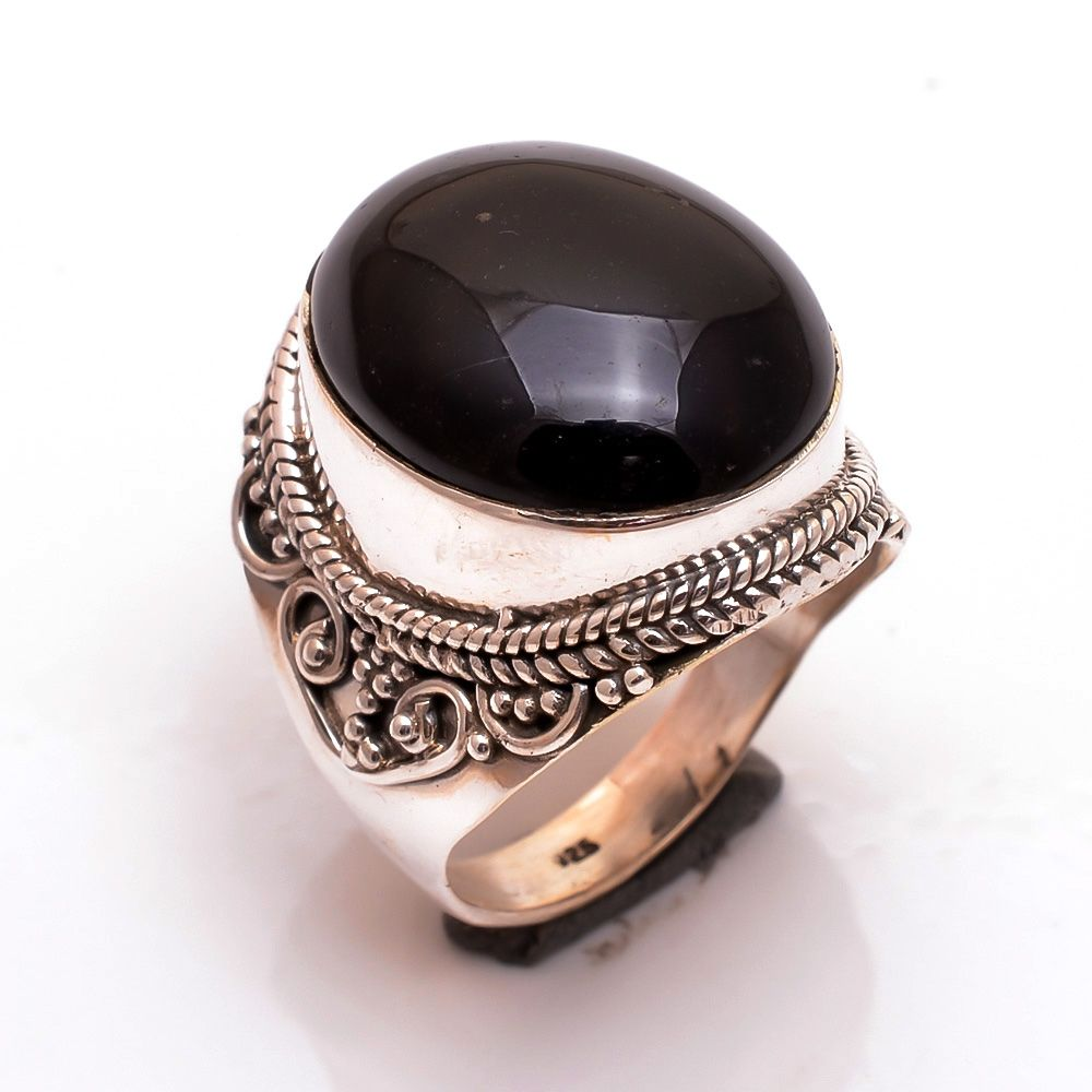 Black Onyx Gemstone 925 Sterling Silver Ring Size 8