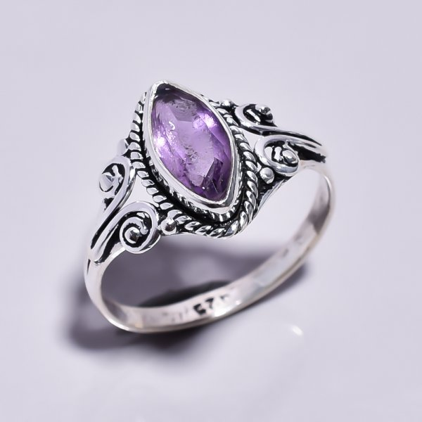 Amethyst Gemstone 925 Sterling Silver Ring Size 7.25
