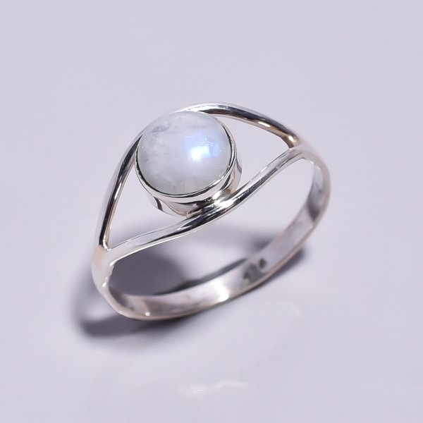 Rainbow Moonstone 925 Sterling Silver Ring Size 8.75