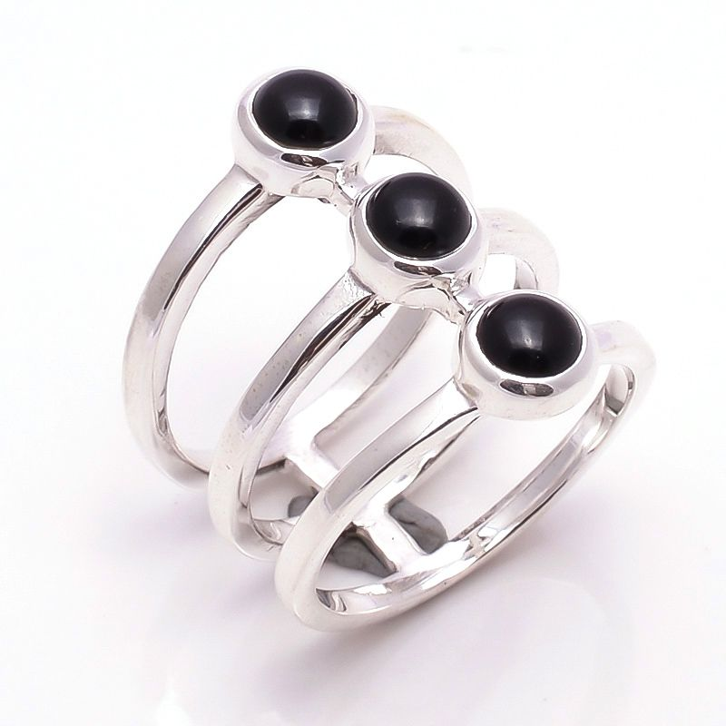 Black Onyx Gemstone 925 Sterling Silver Ring Size 7