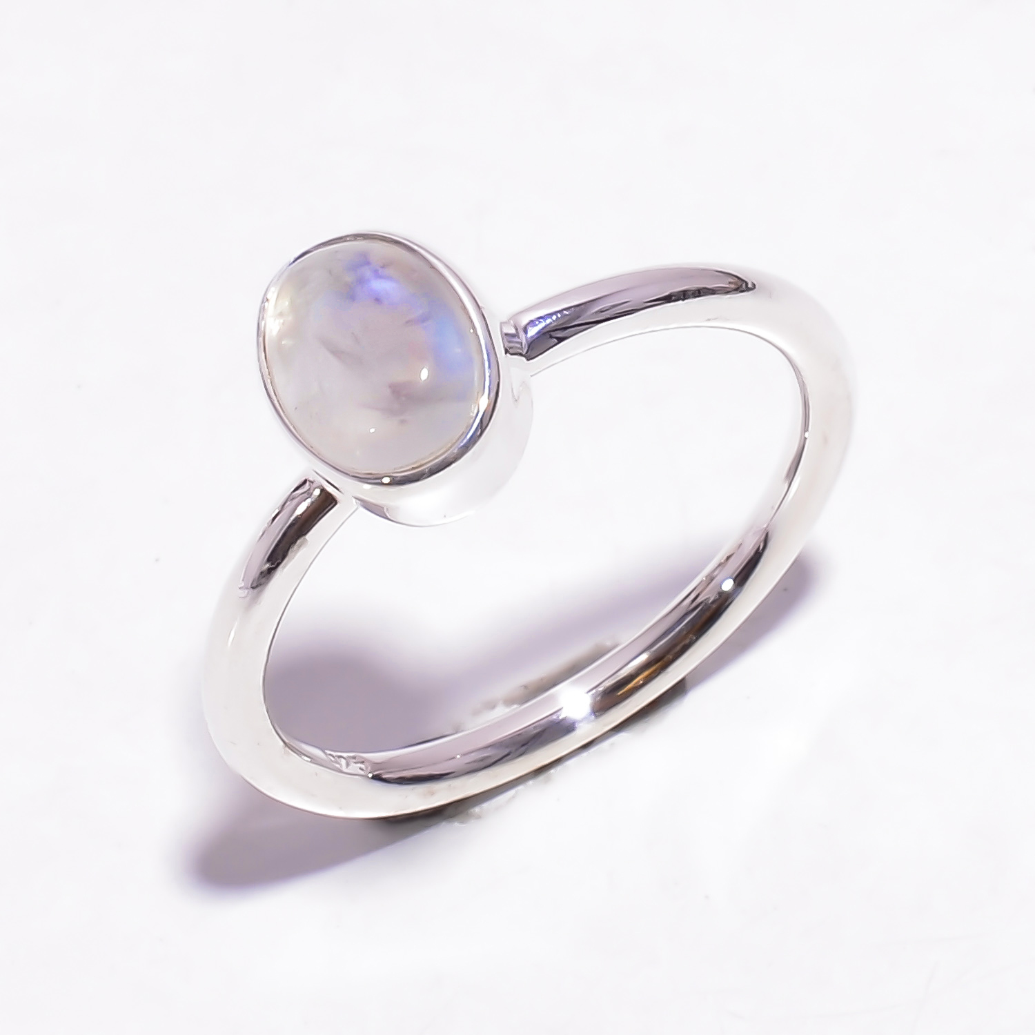 Natural Rainbow Moonstone 925 Sterling Silver Ring Size 8.25