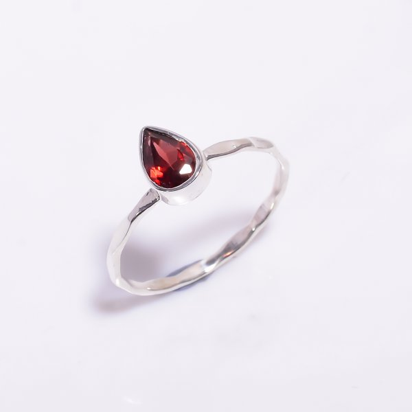 Garnet Gemstone 925 Sterling Silver Hammered Stackable Ring Size US 7.5
