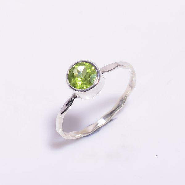 Peridot Gemstone 925 Sterling Silver Hammered Stackable Ring