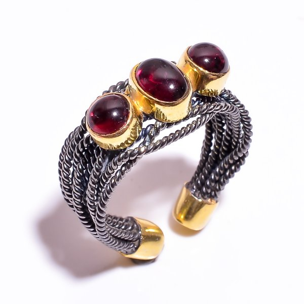 925 Sterling Silver Gold Plated & Black Rhodium Two Tone Garnet Ring Size 7.25 Adjustable